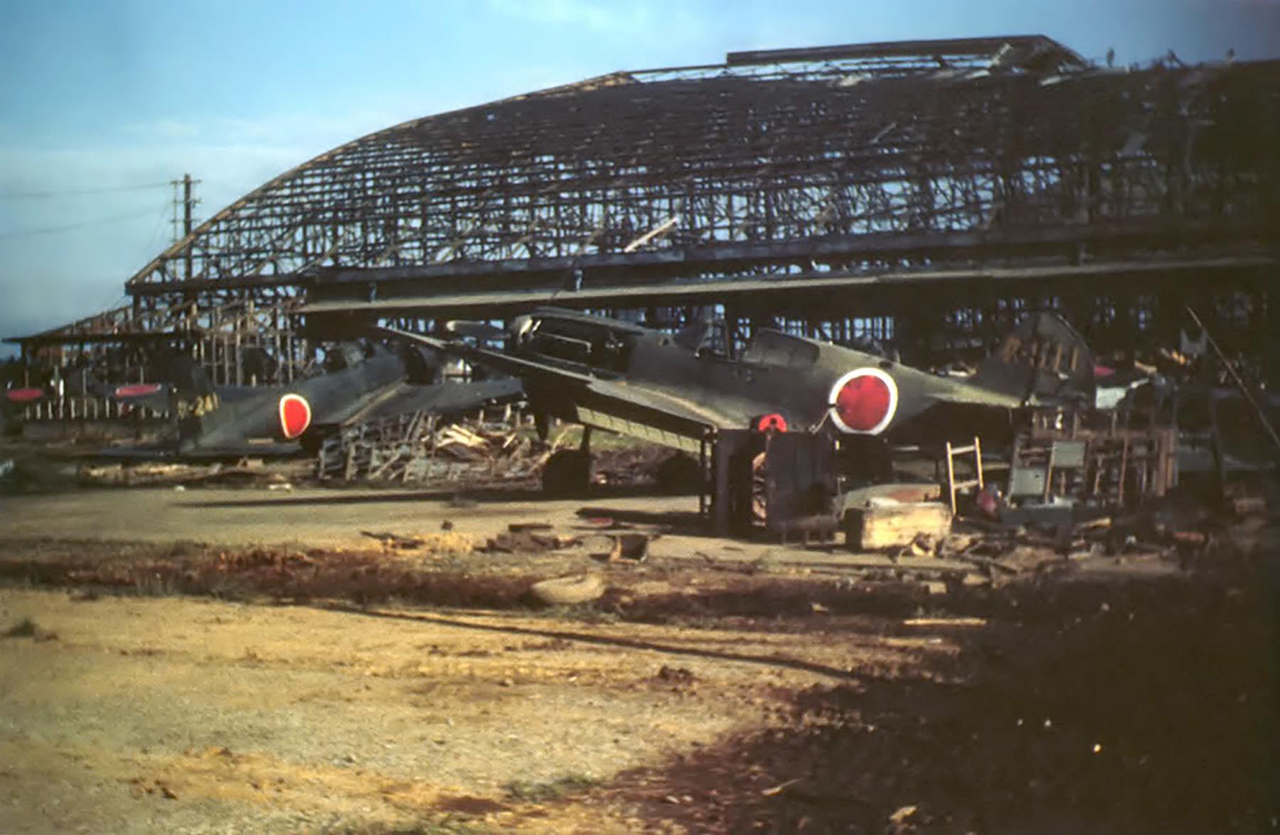 Curtiss P 40E Warhawk IJAAF Army Flying School Atsugi Ab Japan 1945 02