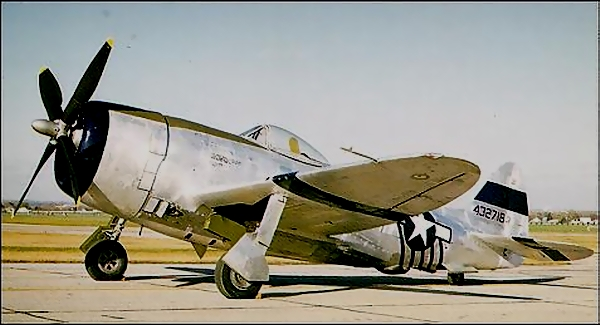 USAAF-44-32718-P-47D-Thunderbolt-Color-0