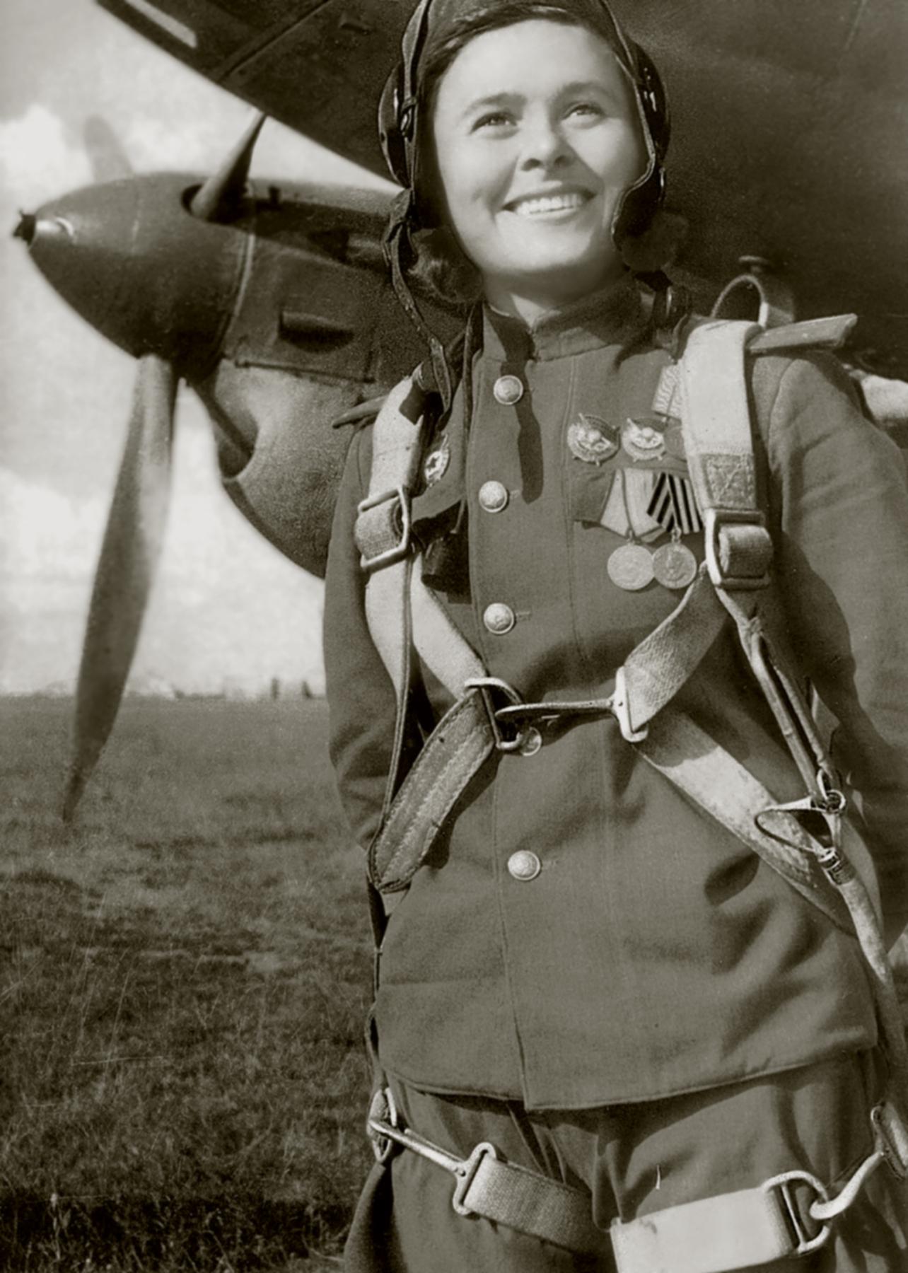 Aircrew Soviet 125GvBAP Deputy Squadron Commander Capt Maria Ivanovna Dolina 1944 02