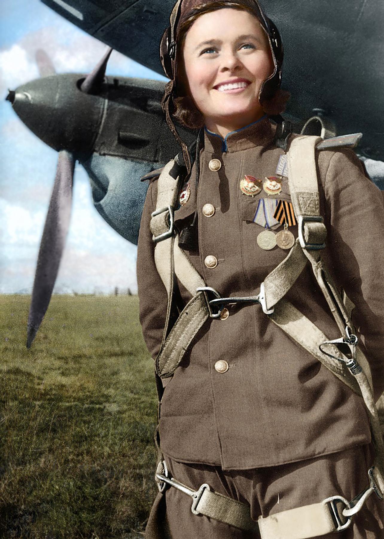 Aircrew Soviet 125GvBAP Deputy Squadron Commander Capt Maria Ivanovna Dolina 1944 03
