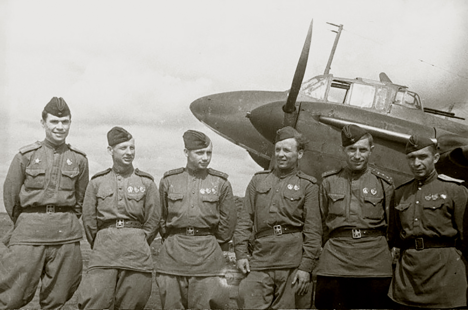 Aircrew Soviet 128SBAP with awarded crew members Central Front 12th Aug 1943 01
