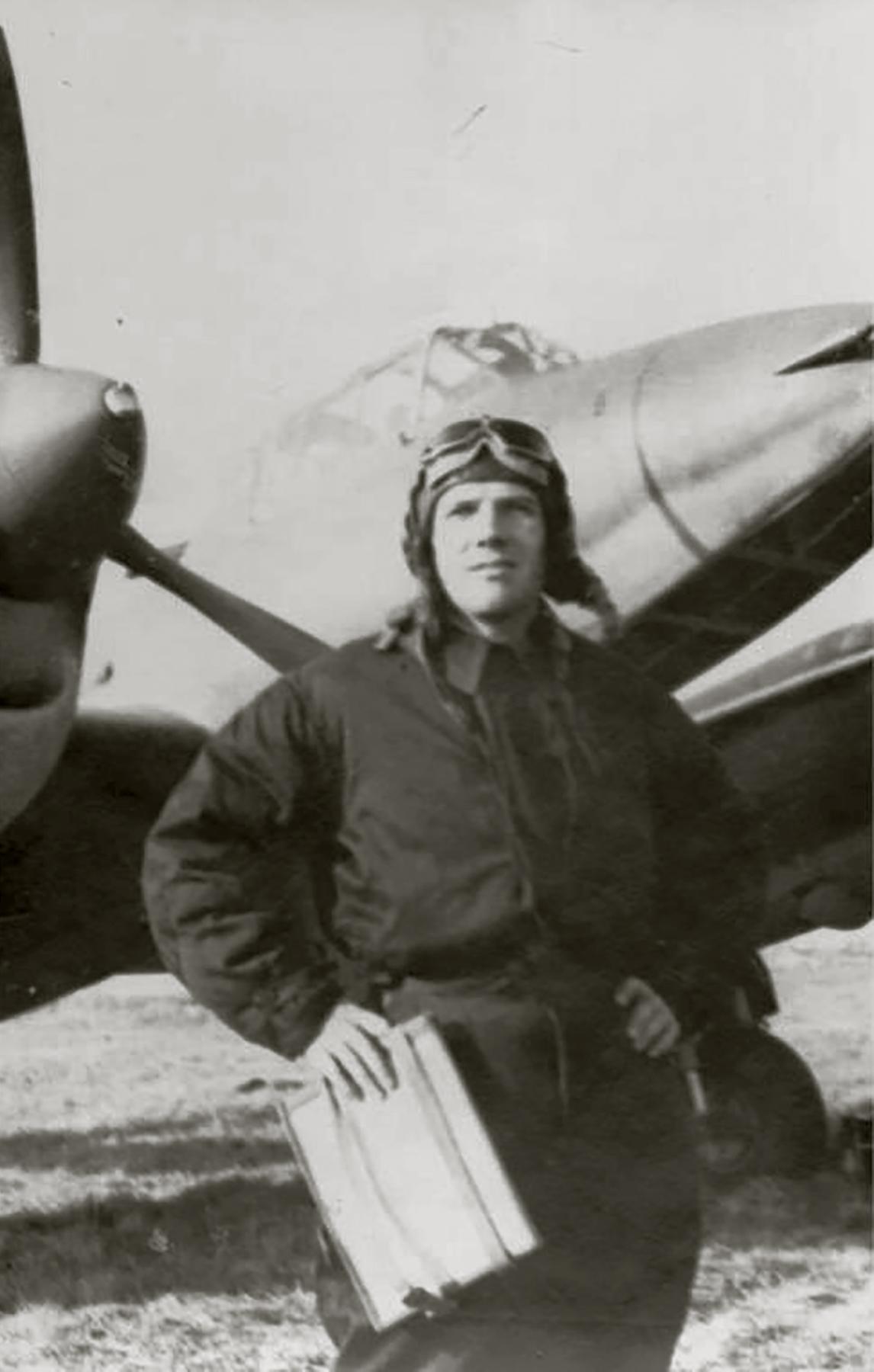 Aircrew Soviet 34GvBAP Hero of the Soviet Union navigator NM Rolin 1943 01