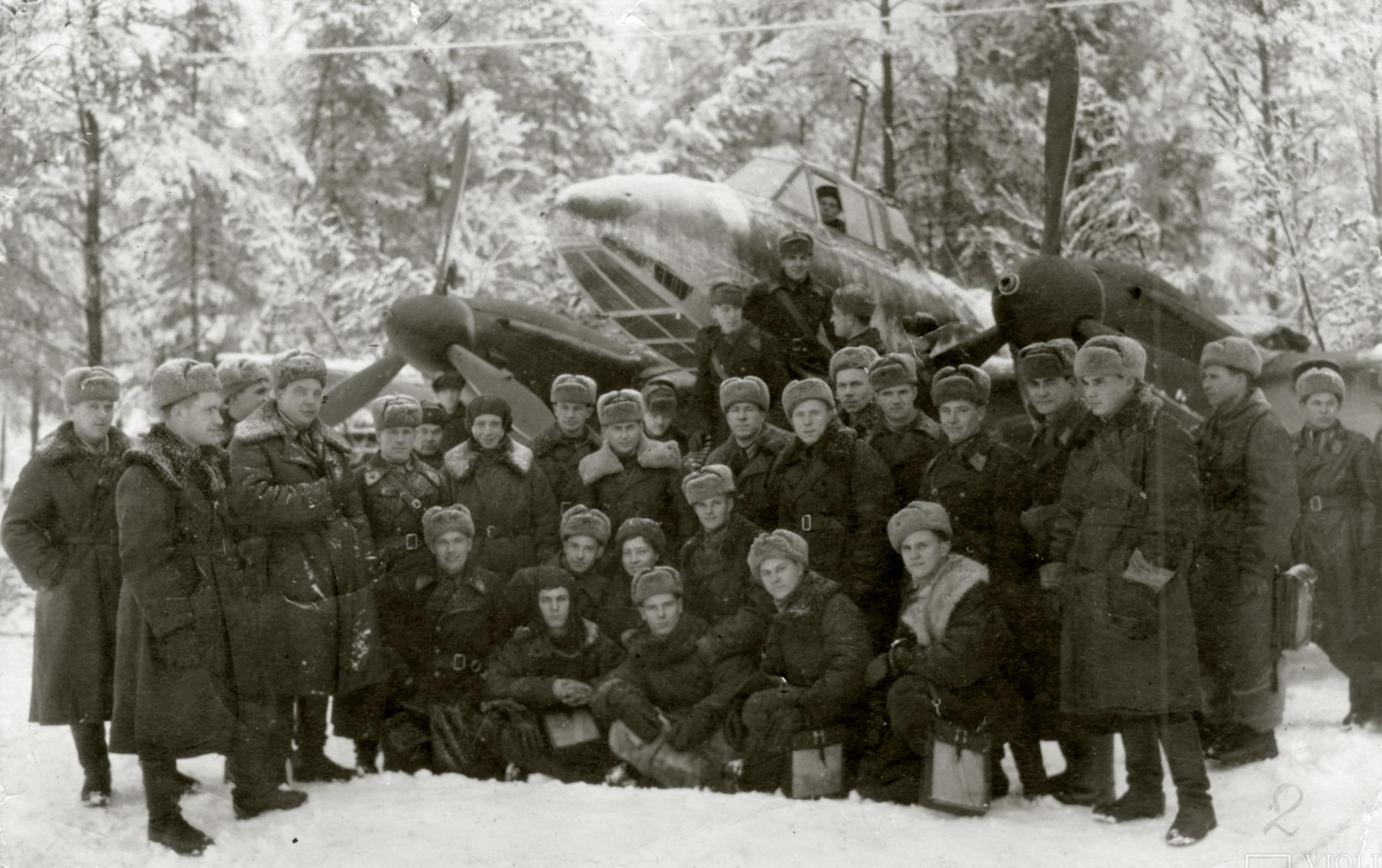 Aircrew Soviet 72ORAP commander and group photo taken at Makarovo airfield Jan 1943 01