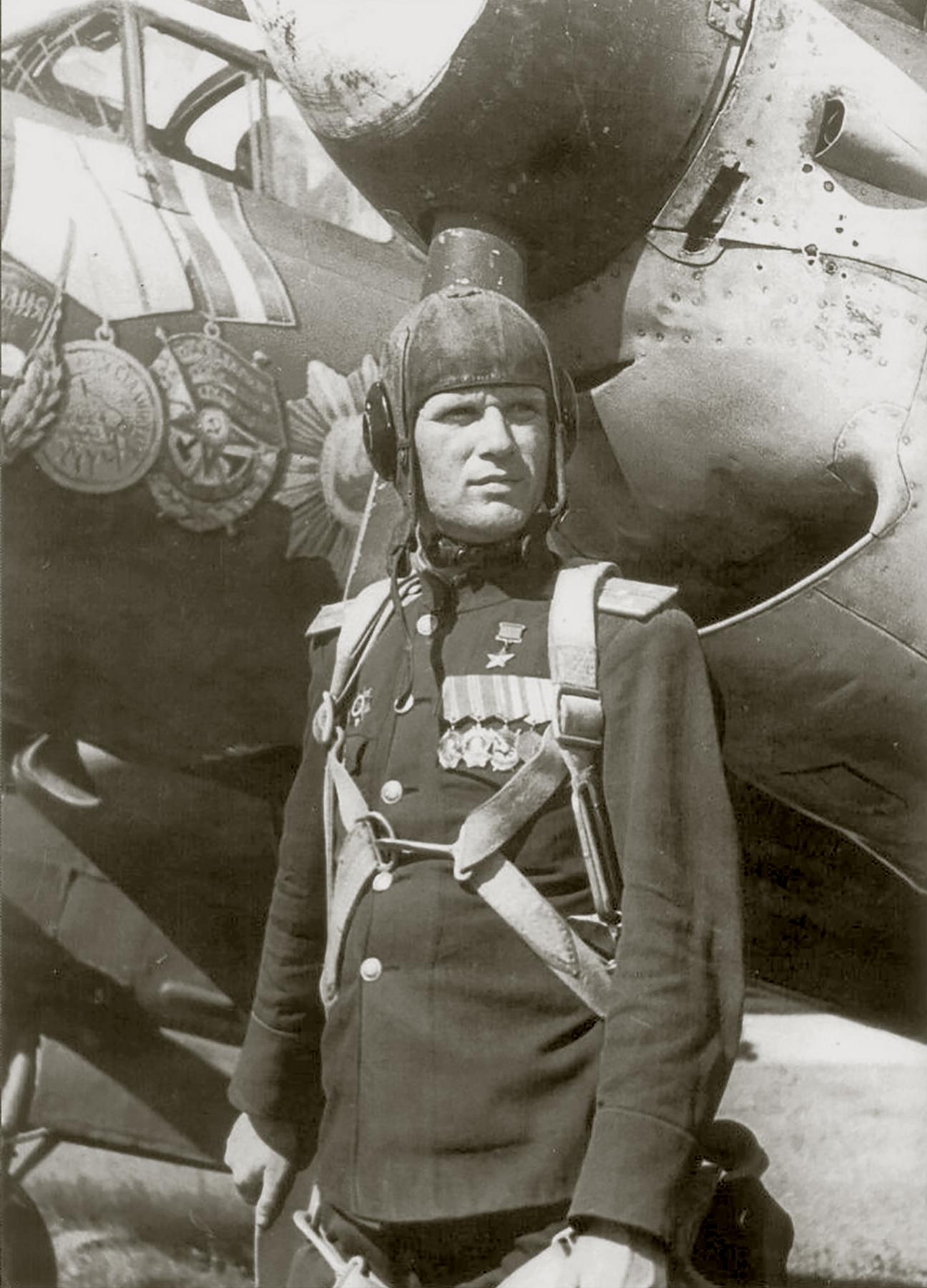 Aircrew Soviet 96GvBAP HSU Hero of the Soviet Union Andrey Petrovich Krupin in 1945 01