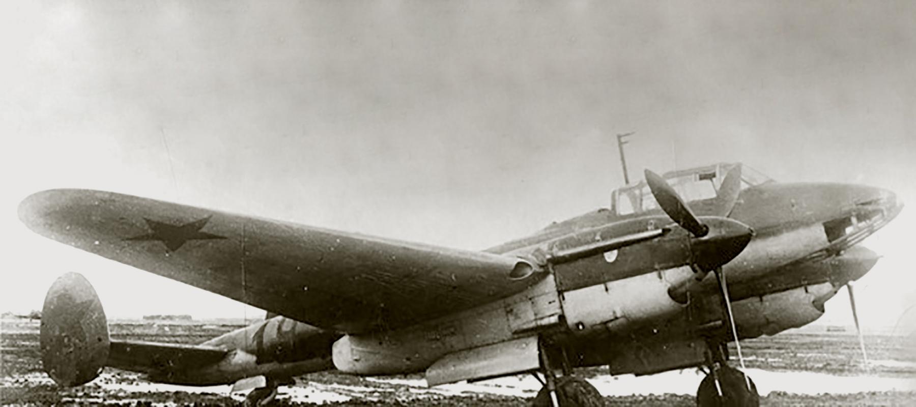 Petlyakov Pe 2 type 110 with 73PBAP Baltic Fleet Red 19 1942 01
