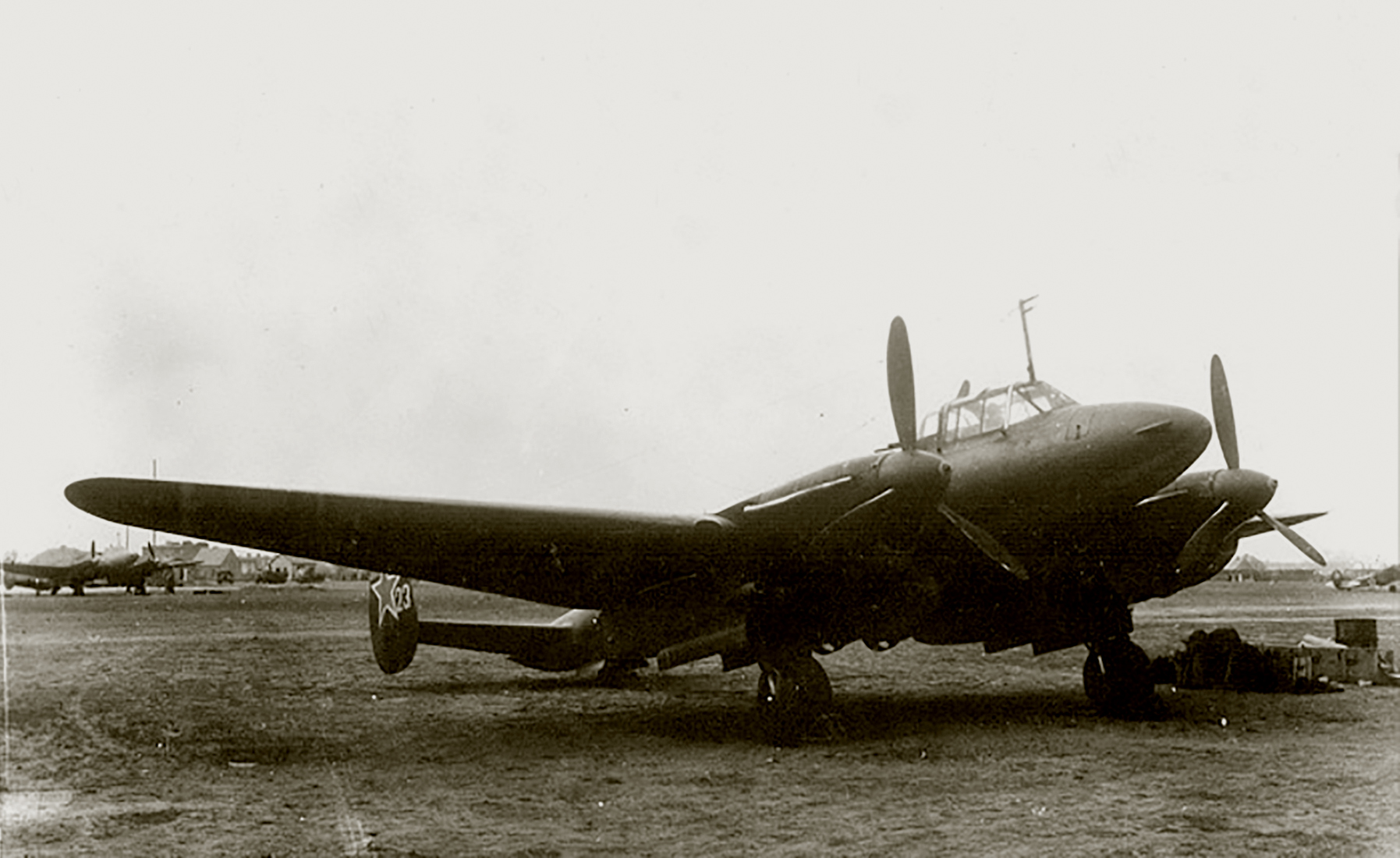 Petlyakov Pe 2 type 205 96GvBAP White 23 which participated Battle of Kursk 1943 02