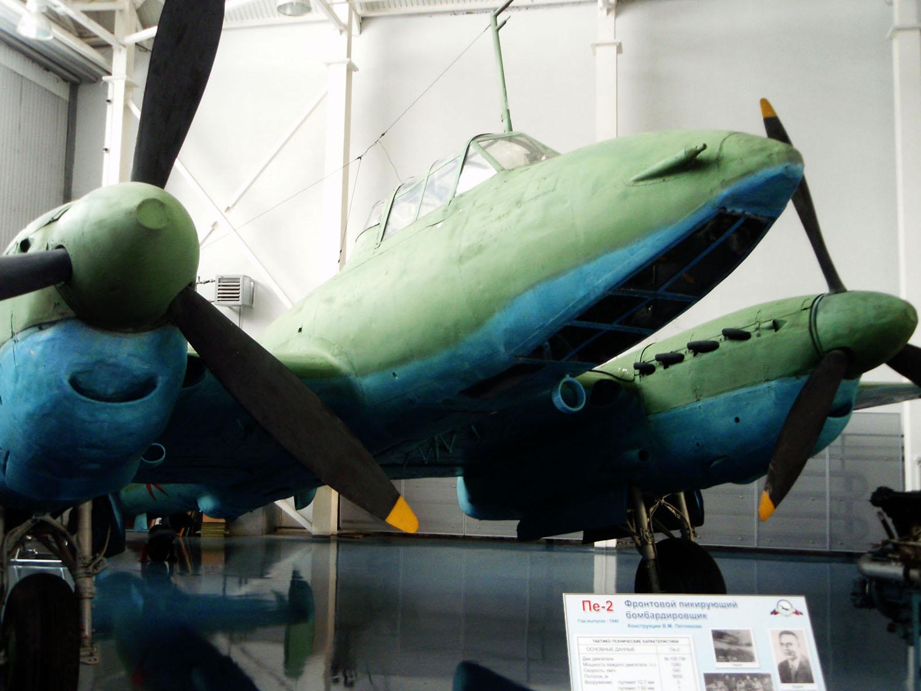 Preserved Petlyakov Pe 2 type 359 on display Russian museum 02