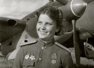 Asisbiz Aircrew Soviet 125GvBAP JnrLt Lyudmila Popova Jun 1945 01
