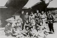 Asisbiz Aircrew Soviet 125GvBAP group photo with some of their female crews 01
