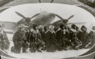 Asisbiz Aircrew Soviet 48GAPDr taking the Guards oath 01