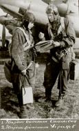 Asisbiz Aircrew Soviet 48GAPDr with Captain Stankevich and Guard Lieutenant Abramov 01