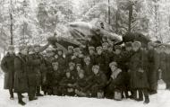 Asisbiz Aircrew Soviet 72ORAP commander and group photo taken at Makarovo airfield Jan 1943 01