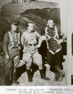 Asisbiz Aircrew Soviet 81GvBAP with Hero of the Soviet Union NI Gapeyonok,VI Kuznetsov and PI Nalegach 1943 01