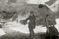 Asisbiz Petlyakov Pe 2 128SBAP with armourer IA Malikov 1943 01
