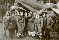Asisbiz Petlyakov Pe 2R 47ORPS crew of Captain Dunaevsky and ground crew members 1945 01