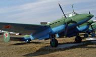 Asisbiz Preserved Petlyakov Pe 2 type 359 on display outside Russian museum 01