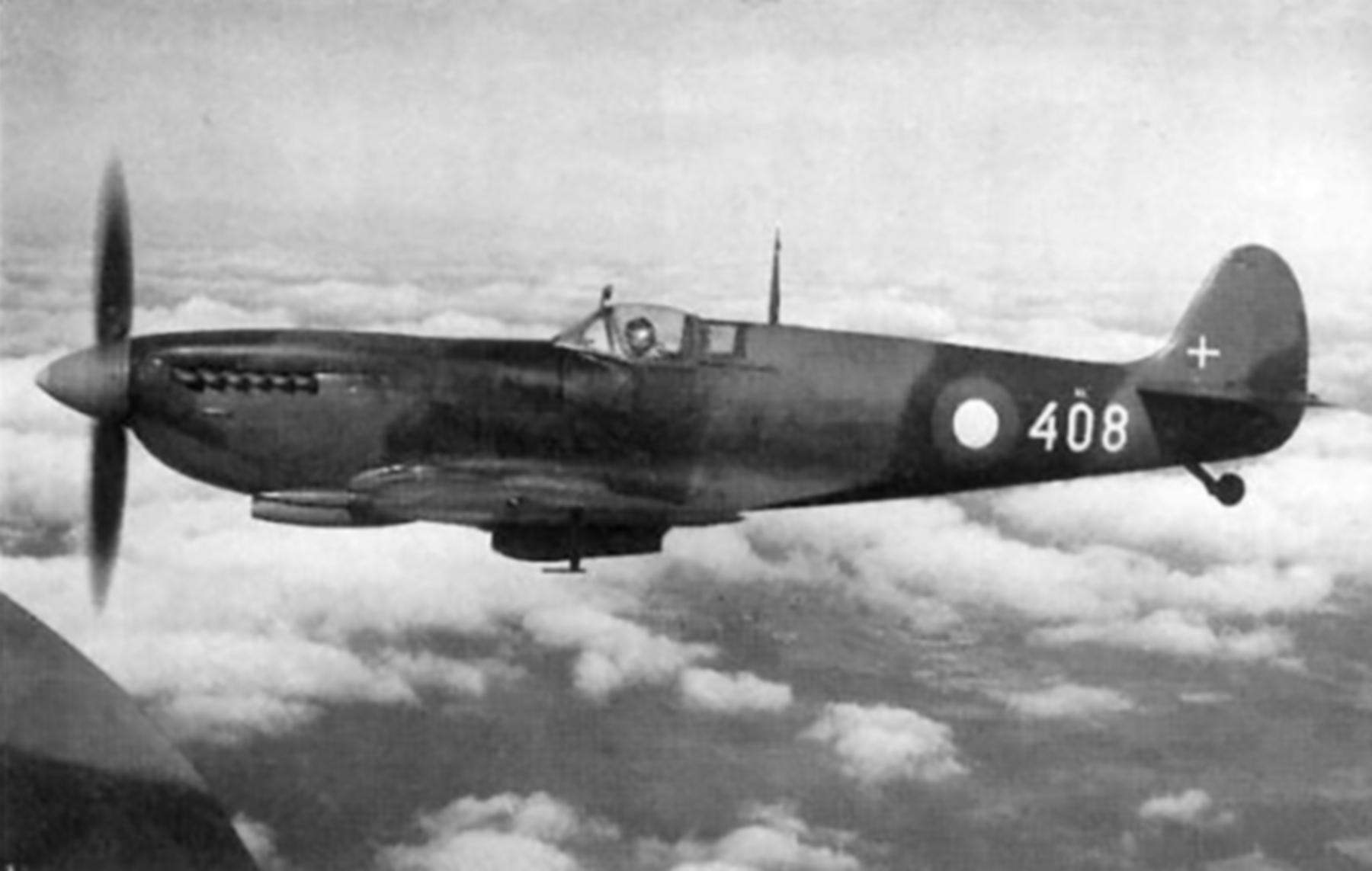 Spitfire HFIXe Danish AF 408 Denmark 1947 01
