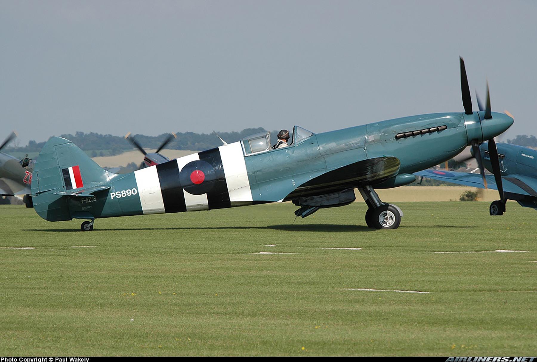 Airworthy Spitfire warbird PRXIX RAF PS890 F AZJS 01