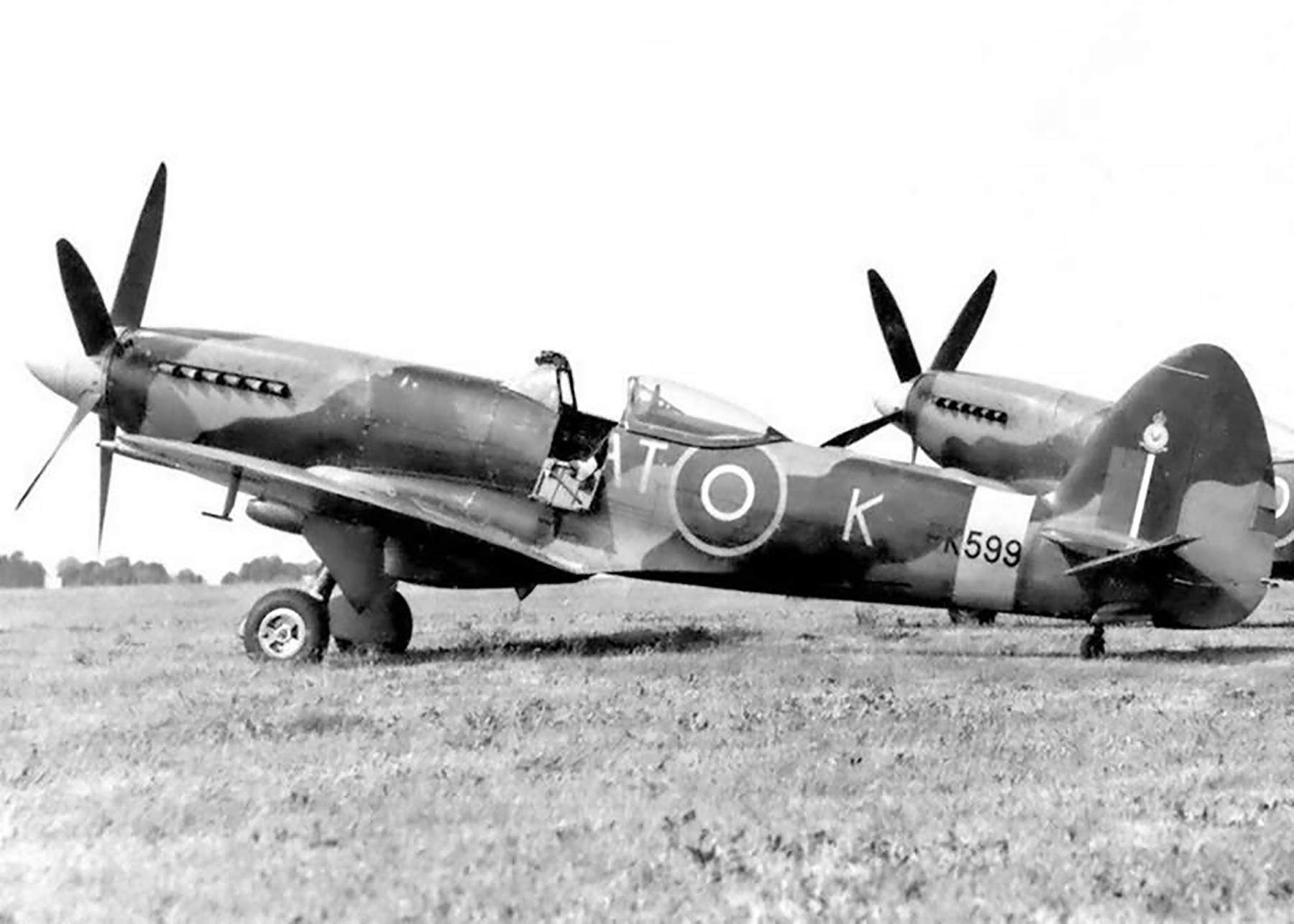 Spitfire F22 RAF 613Sqn RAT K PK599 Nov 1948 web 01