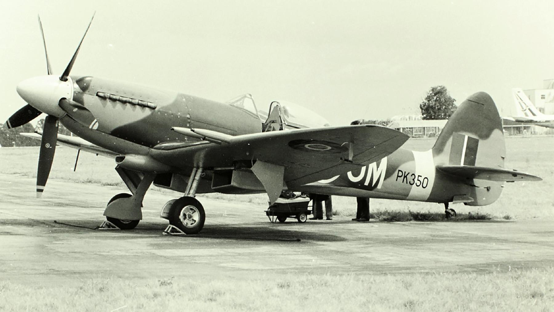 Spitfire F22 RAF JMM PK350 02