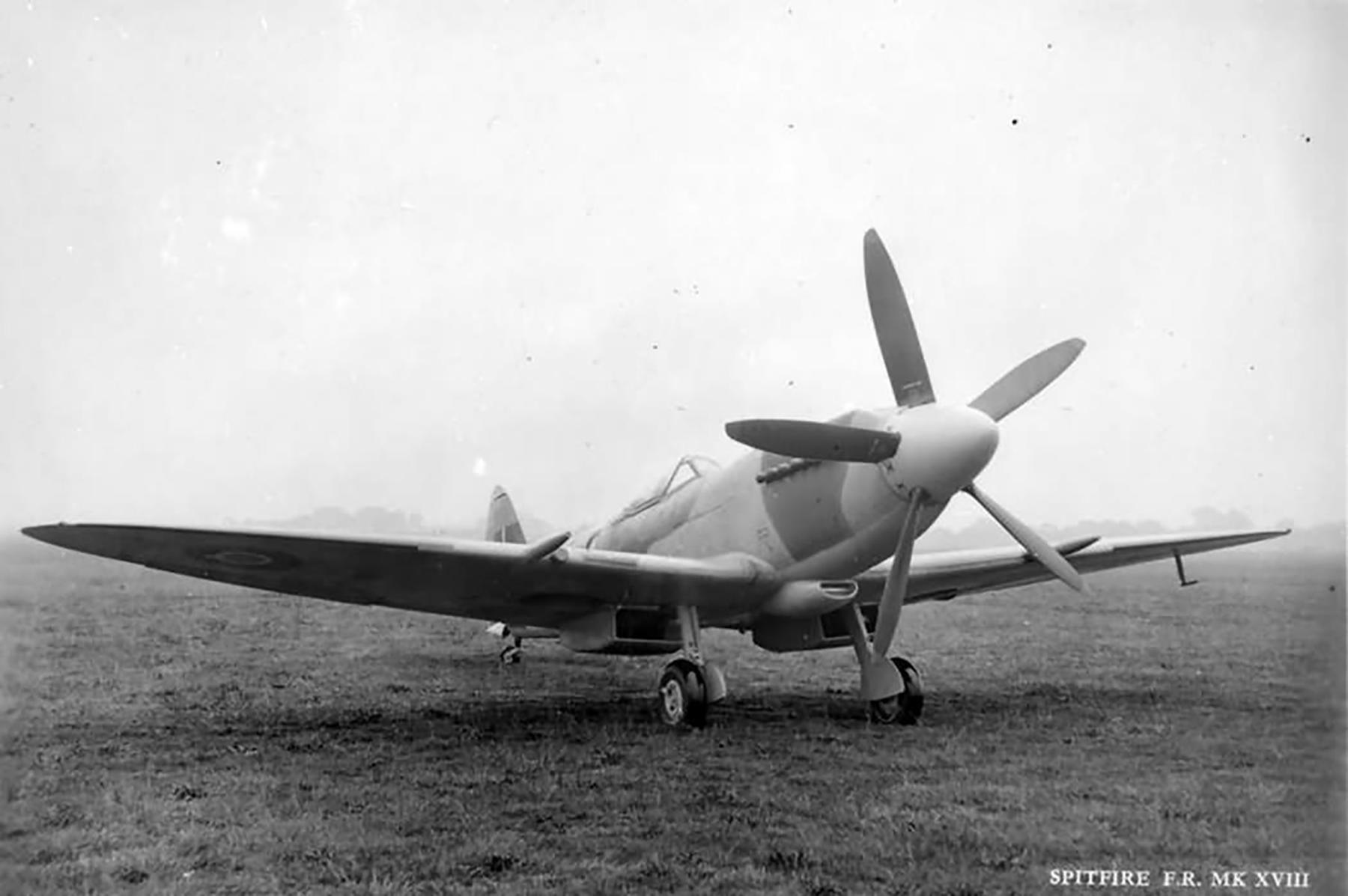 Spitfire FR18 on the ground England Jun 1945 web 01