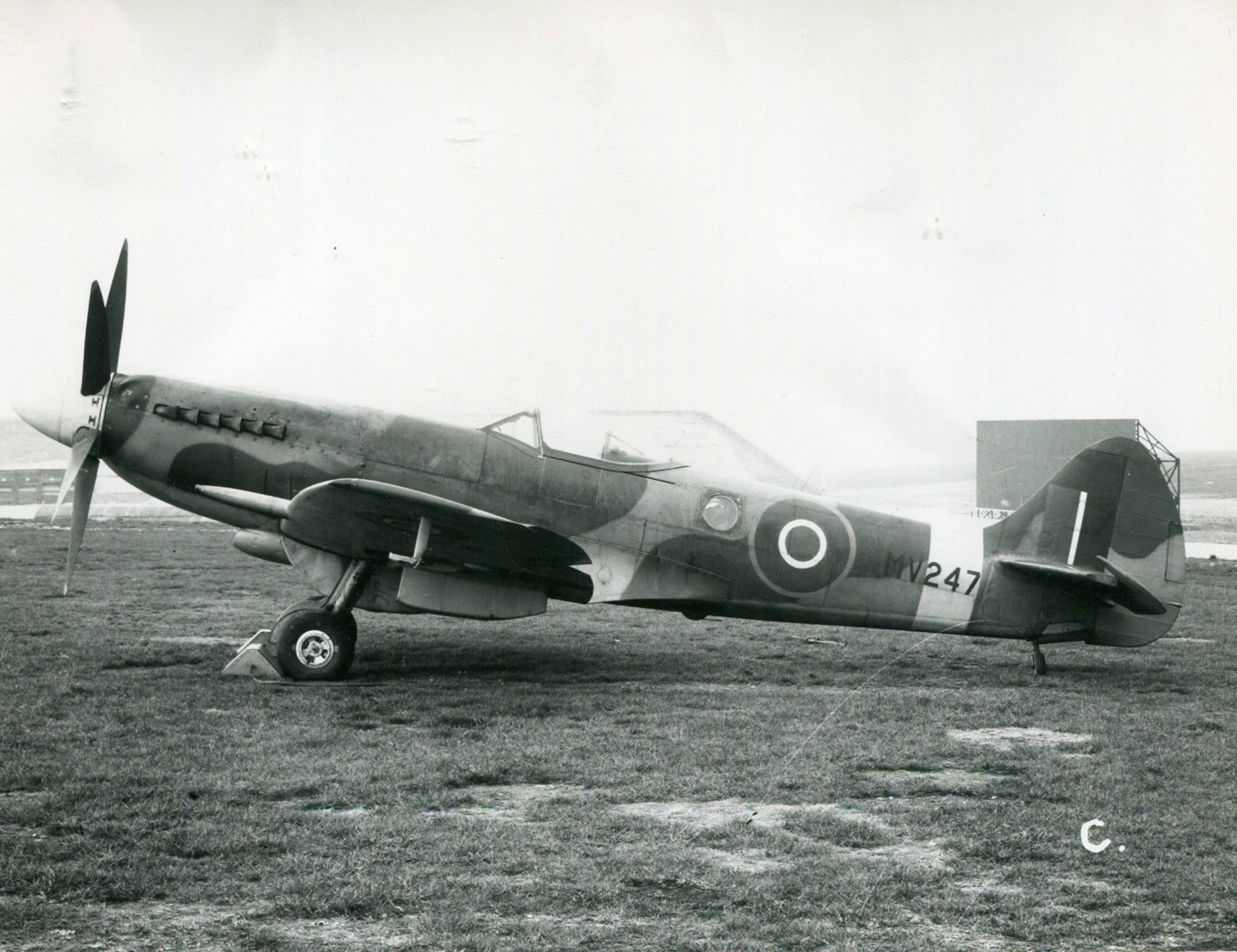 Spitfire FRXIV fuel functioning tests MV247 1945 01