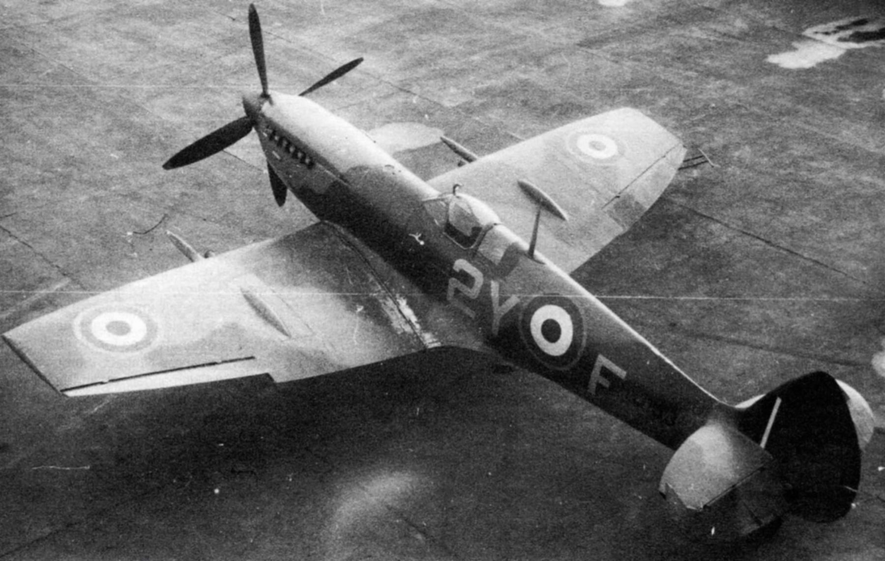 Spitfire LFXVI RAF 345Sqn 2YF France TD153 1945 01