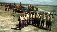 Asisbiz Spitfire F21 RAF 600 Squadron RGL LA223 Apr 1947 01