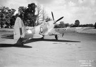 Asisbiz Spitfire F24 PK713 Oct 1946 03