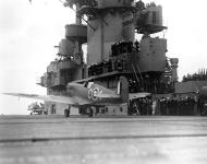 Asisbiz Spitfire MkVb RAF C4 BR137 takes off from the USS Wasp CV 7 May 1942 01