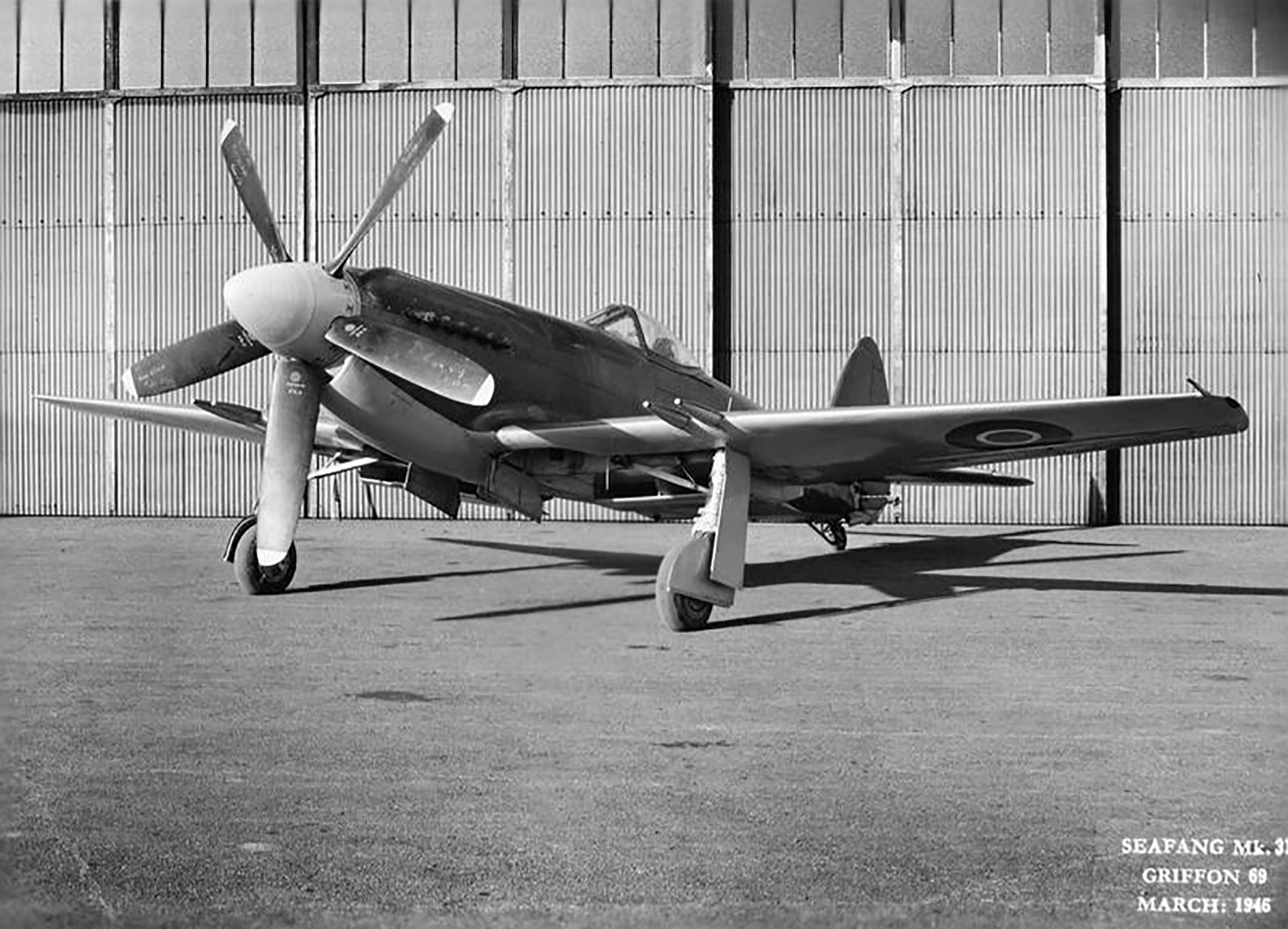 Spiteful prototypes RB515 to RB521 England 1945 01