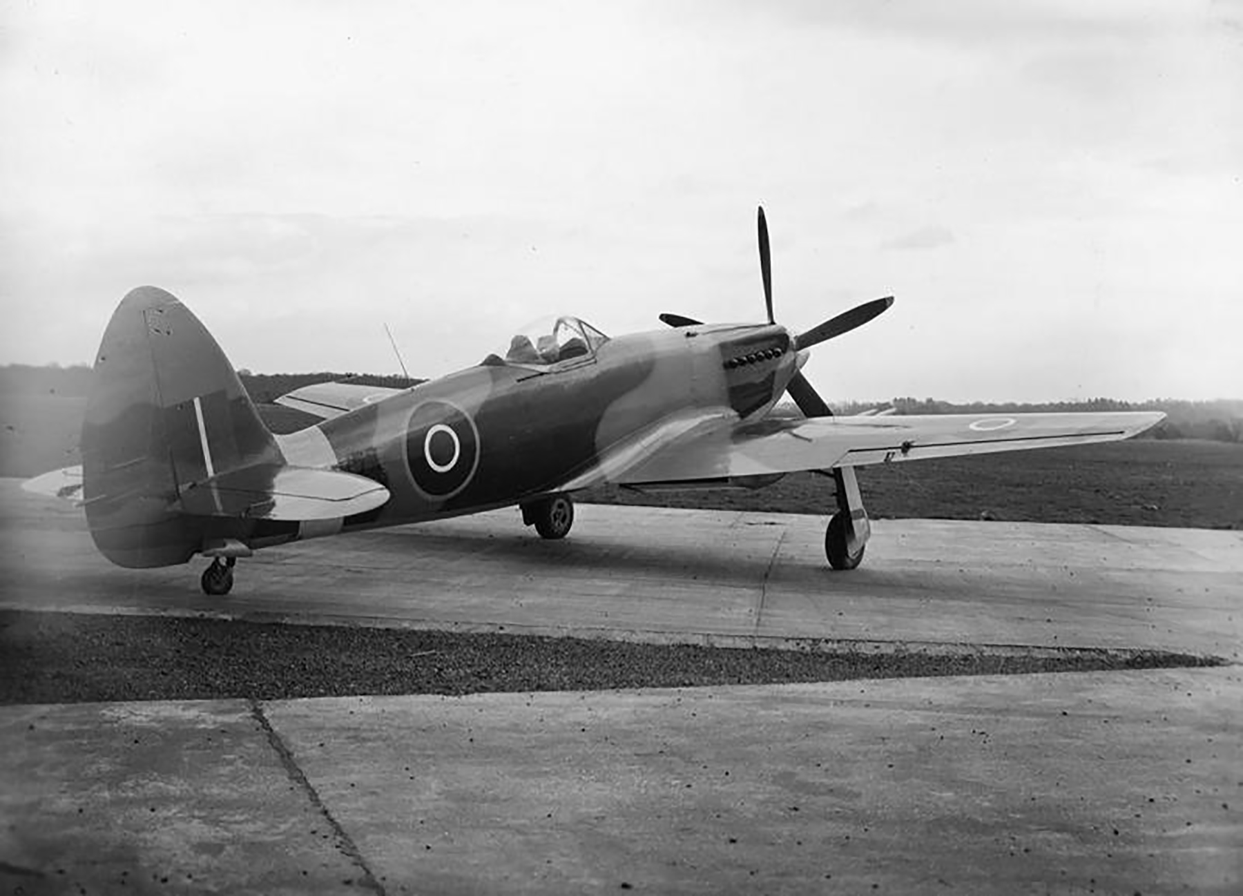 Spiteful prototypes RB515 to RB521 England 1945 03