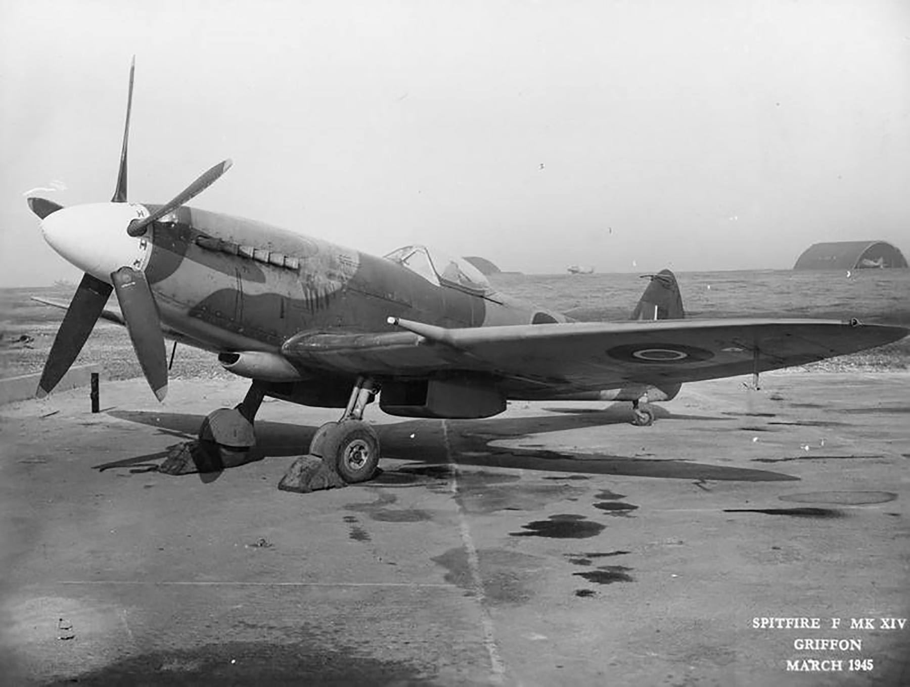 Spiteful prototypes RB515 to RB521 England Mar 1945 02