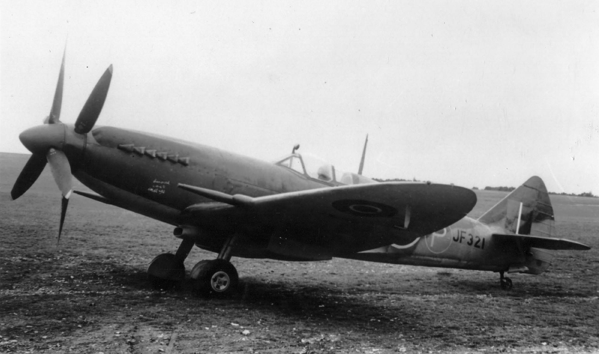 Spitfire 14 Prototype JF321 on the ground England web 01