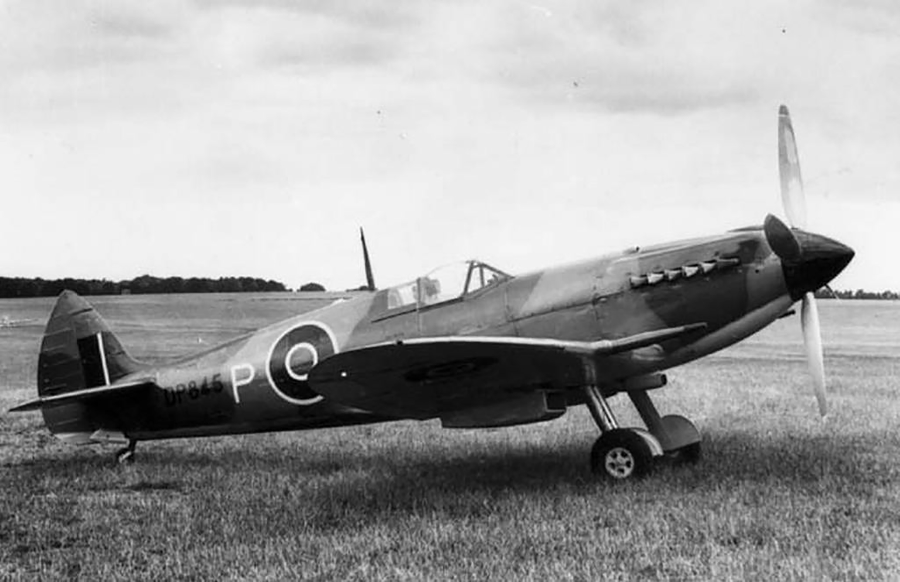 Spitfire 4 Prototype DP845 as the first Griffon Spitfire 02