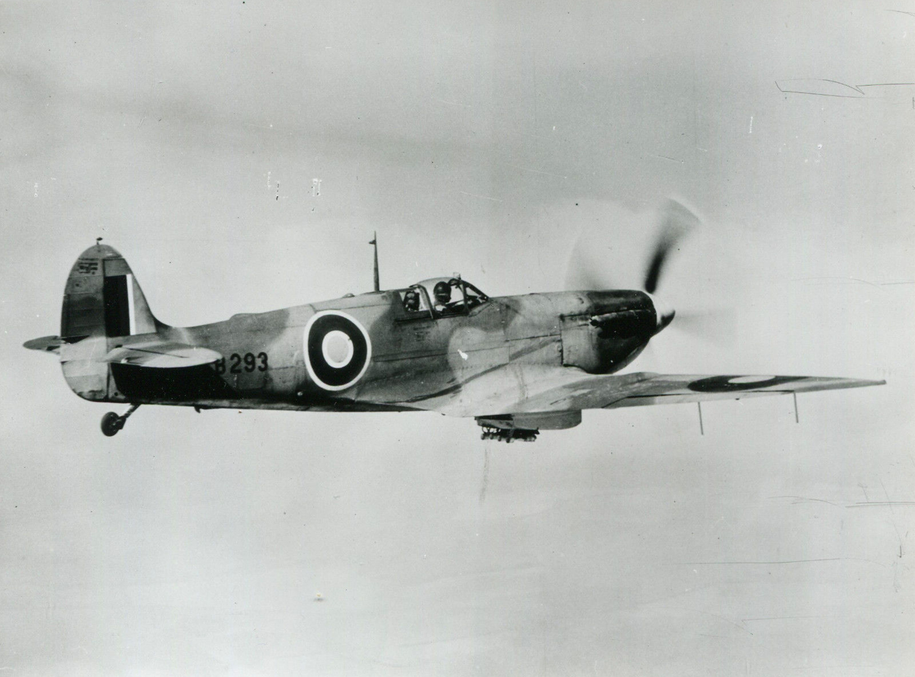 Spitfire 7 Proyotype AB293 01