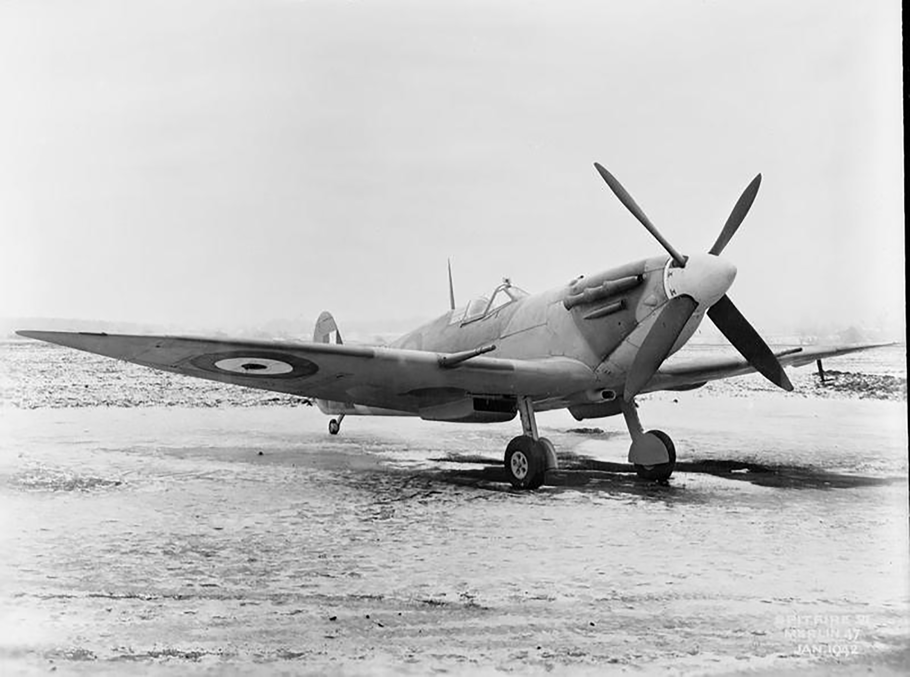 Spitfire 8 Proyotype England 01