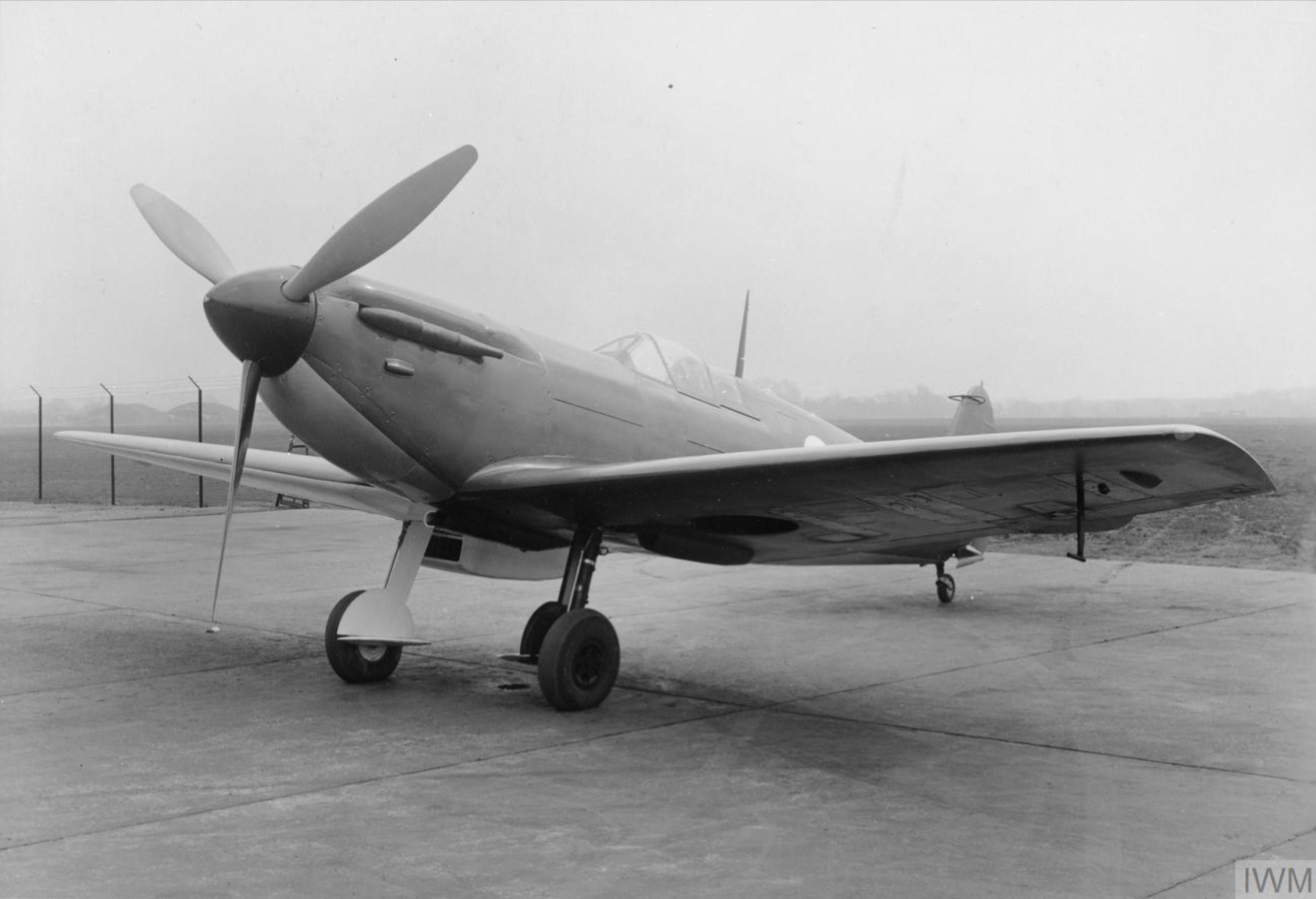 Spitfire F3 Prototype clipped wing version England IWM HU2193