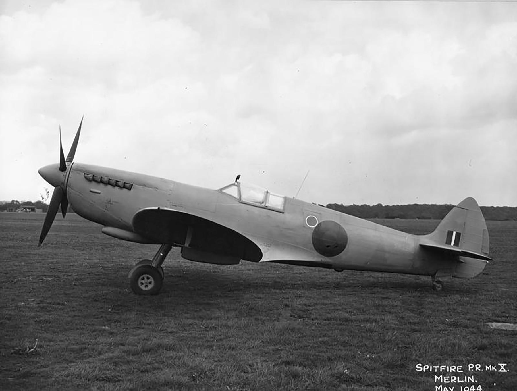 Spitfire PR10 Prototype England May 1944 01