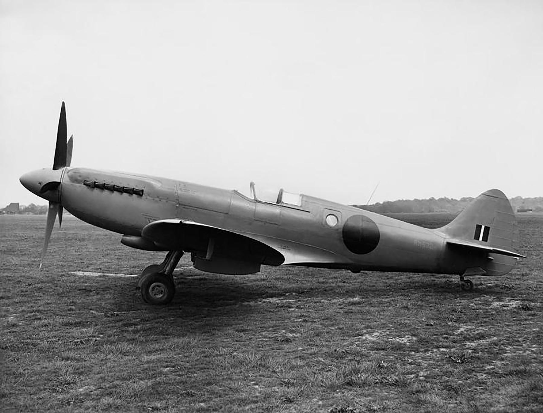 Spitfire PR10 Prototype England May 1944 02