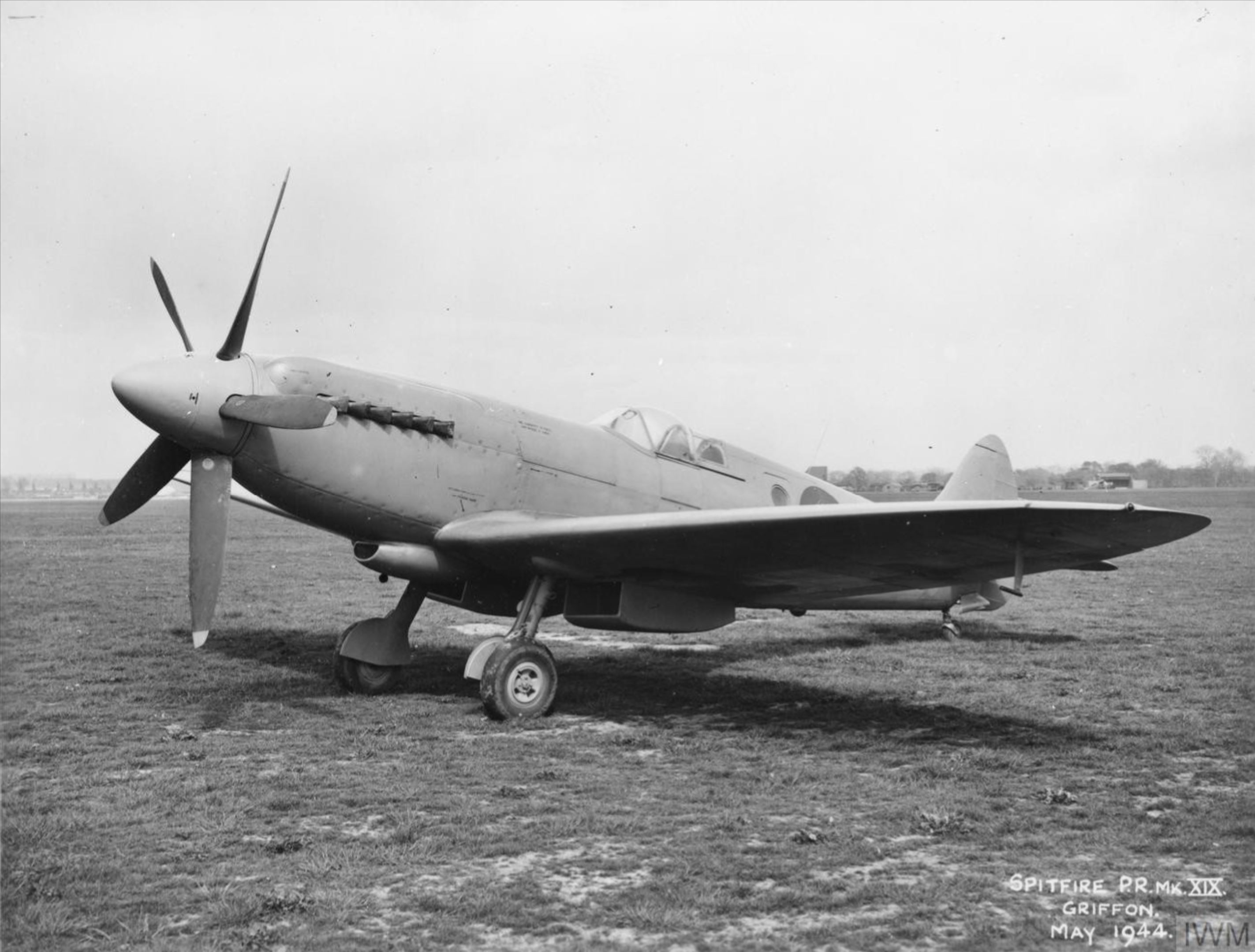 Spitfire PR19 Prototype RM632 factory fresh England May 1944 IWM MH5278