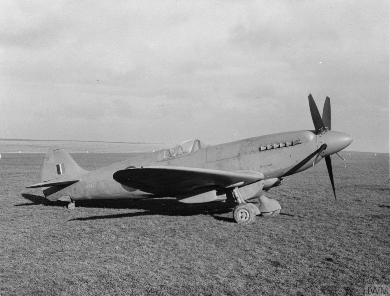 Spitfire PR19 Prototype SW777 factory fresh England IWM HU1805