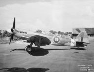 Asisbiz Spitfire 24 Prototype PK713 England Oct 1946 IWM MH5285