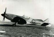 Asisbiz Spitfire 8 Proyotype JF319 England late 1943 01