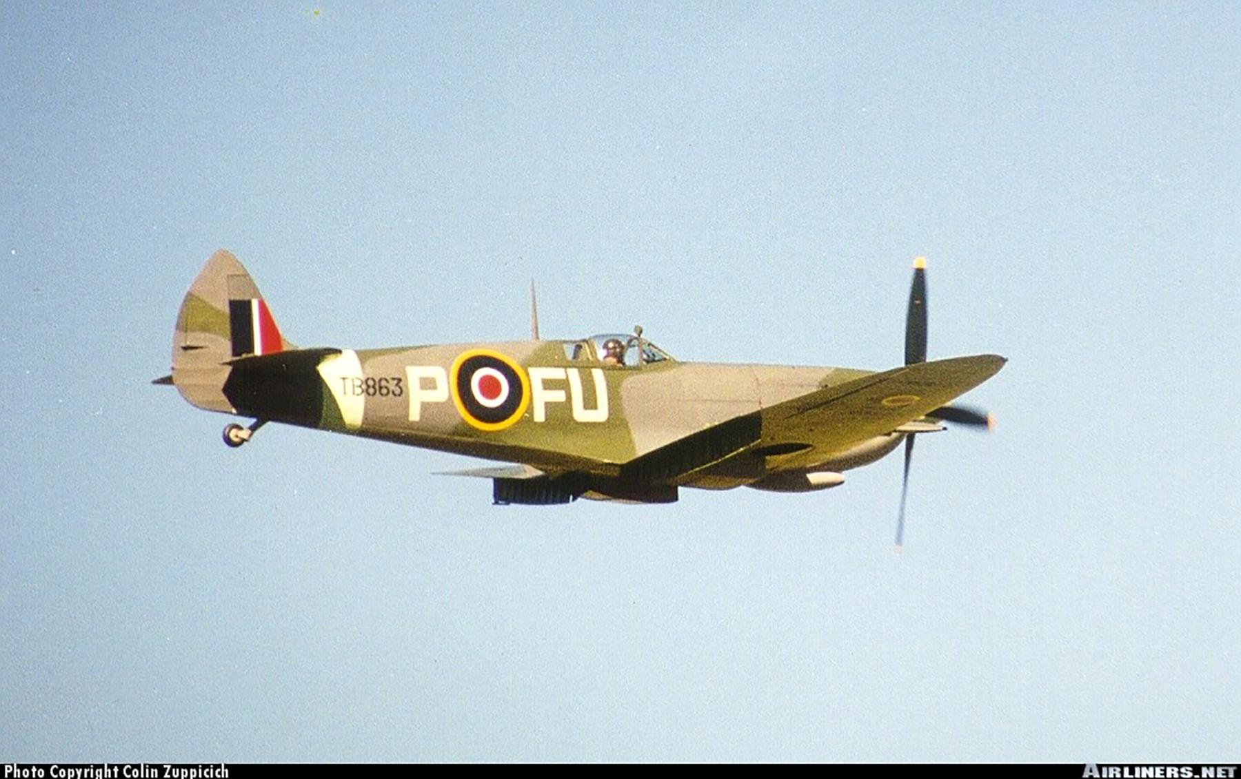 Airworthy Spitfire warbird LFXVI RAAF 453Sqn FUP TB863 09
