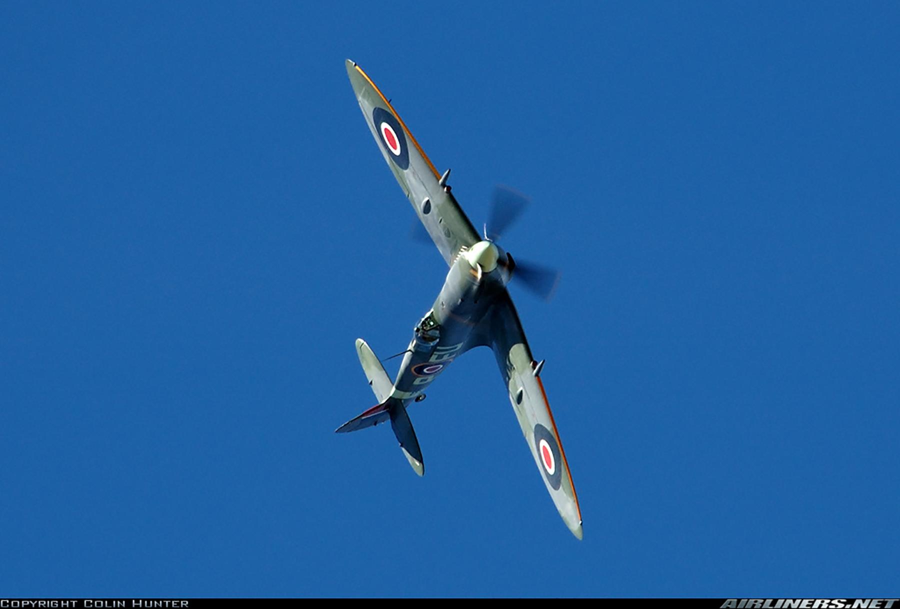 Airworthy Spitfire warbird LFXVI RAAF 453Sqn FUP TB863 12