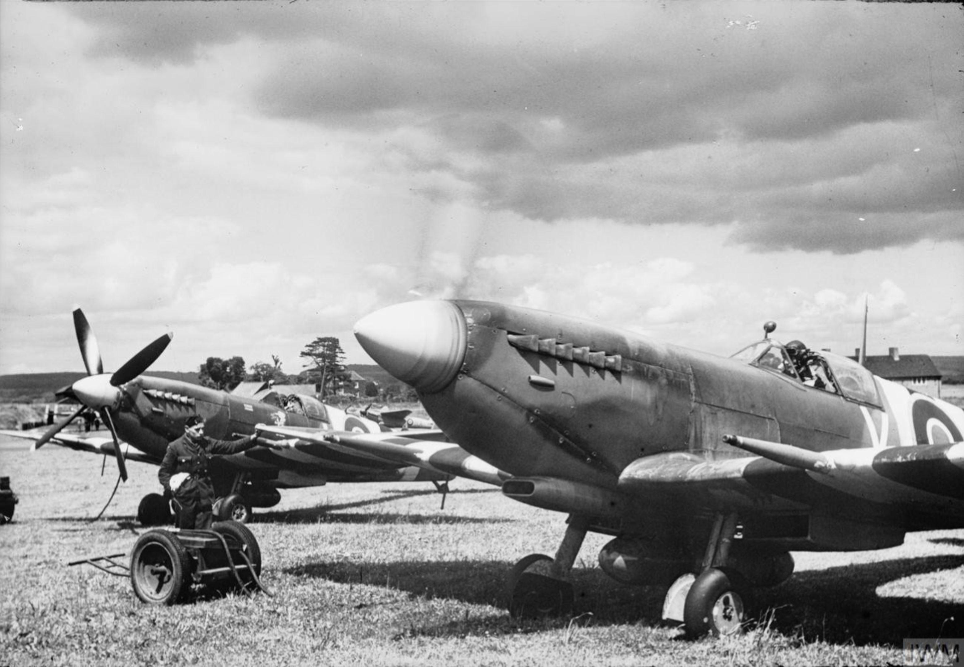 Spitfire MkIX RAAF 453Sqn FUV at Ford Sussex IWM HU92143