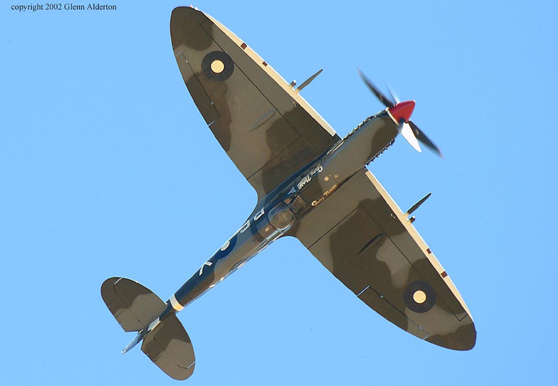 Airworthy Spitfire warbird RAAF 457Sqn RGV A58 602 04
