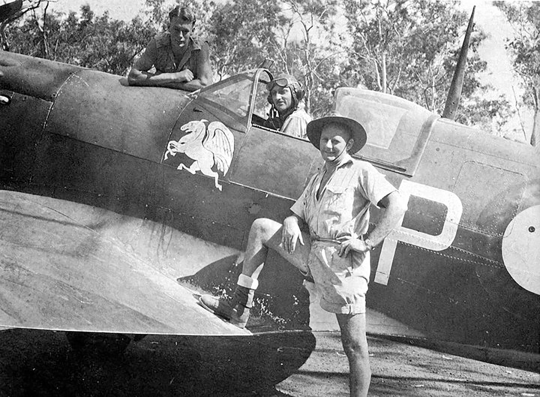 Spitfire MkVcTrop RAAF 457Sqn ZPT BR543 Darwin 1944 01