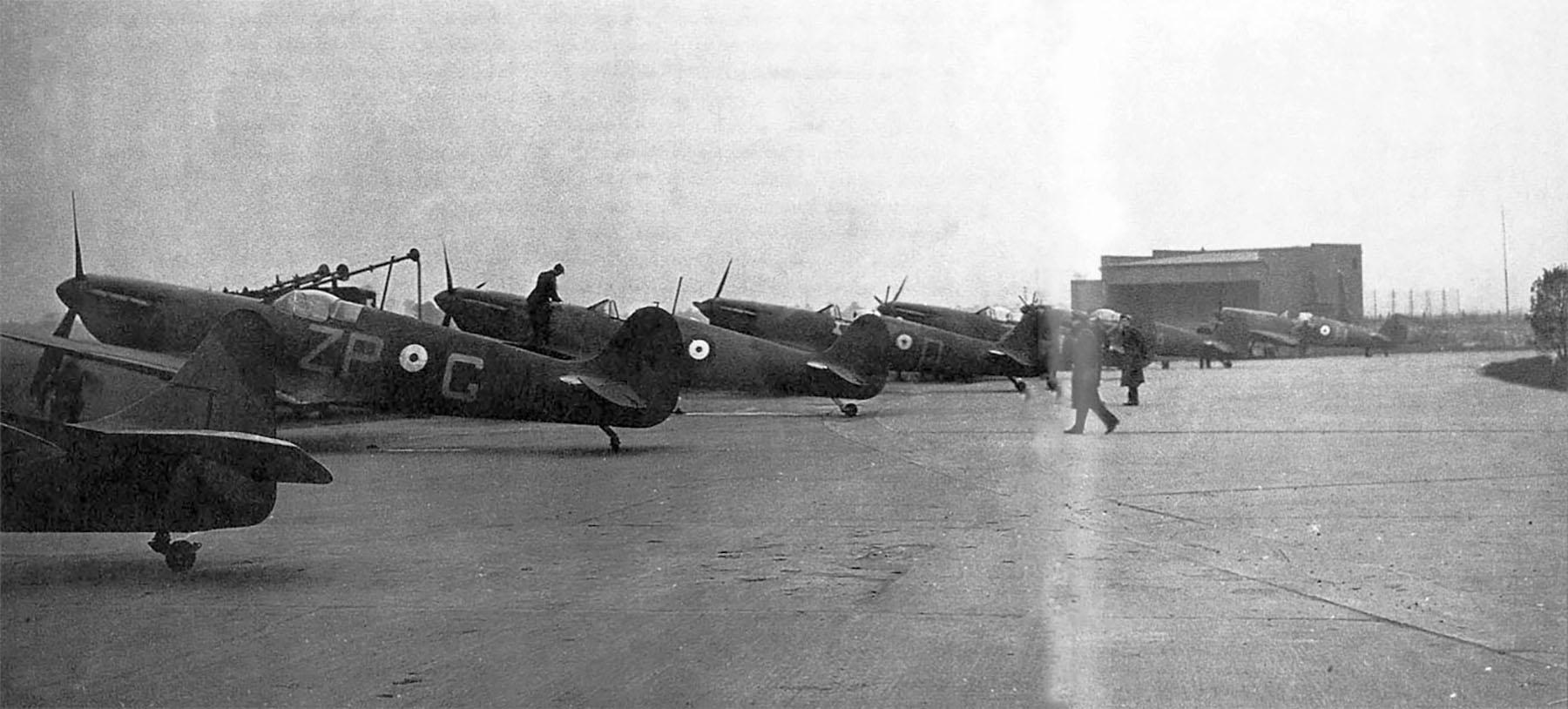 Spitfires MkI RAAF 457Sqn ZPG ZPQ ZPI ZPA ZPH Kent 1940 01